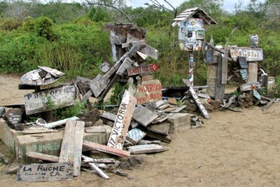 Floreana Island, Post Office Bay